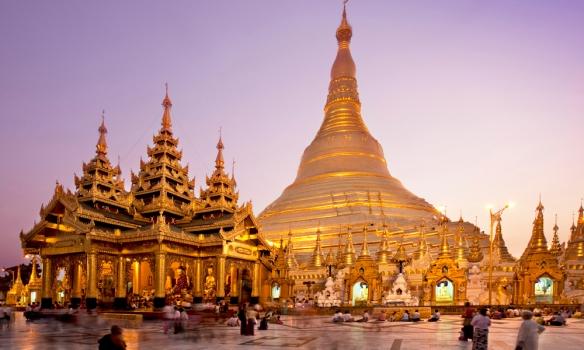 Shwedagon-Pagoda-001